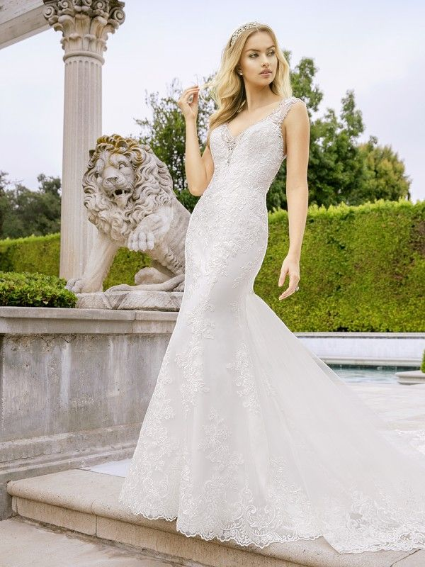 Beaded V Neck Lace Mermaid Dress With Detachable Train H1349 Dream