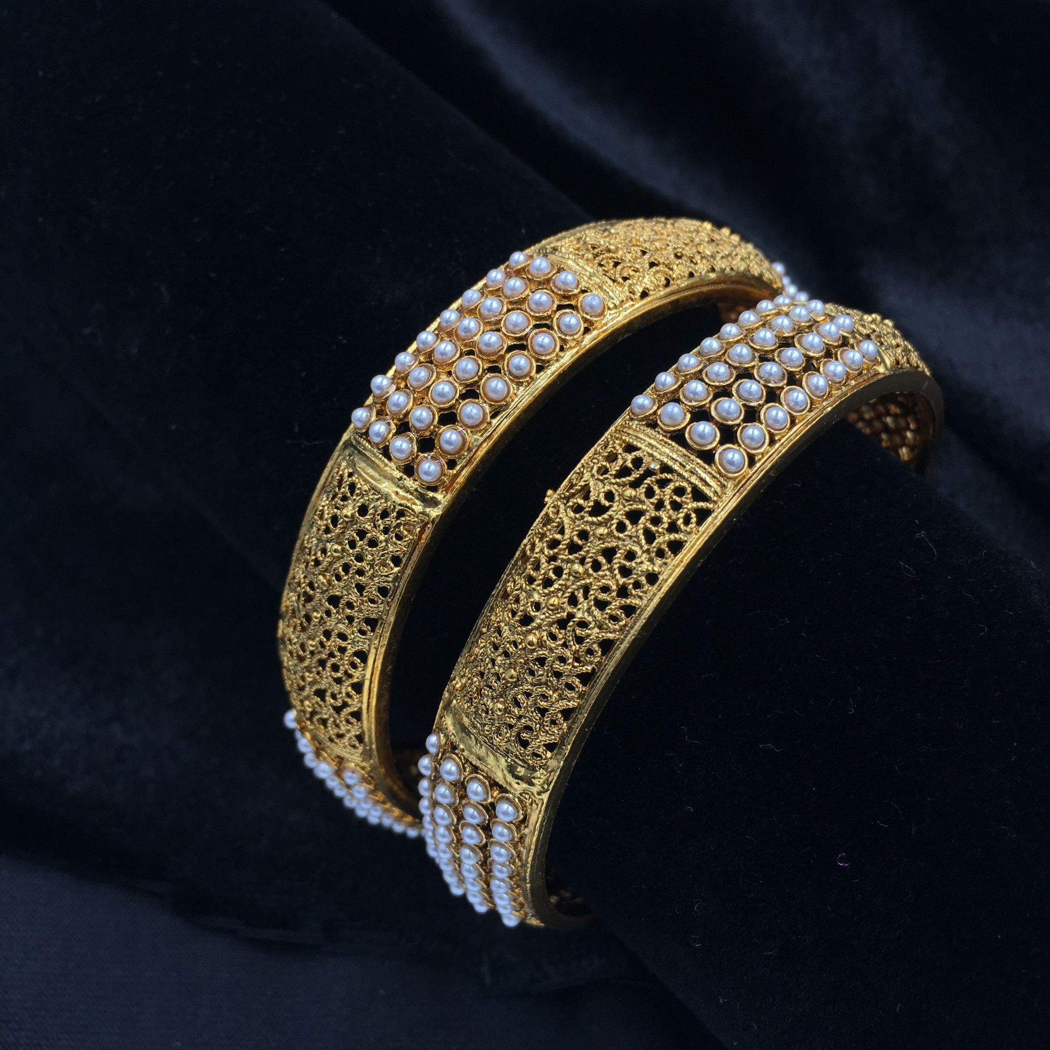 shop fancy jewellery golden goldbangles designer jewellers parmar pune jewellersparmar bangles in