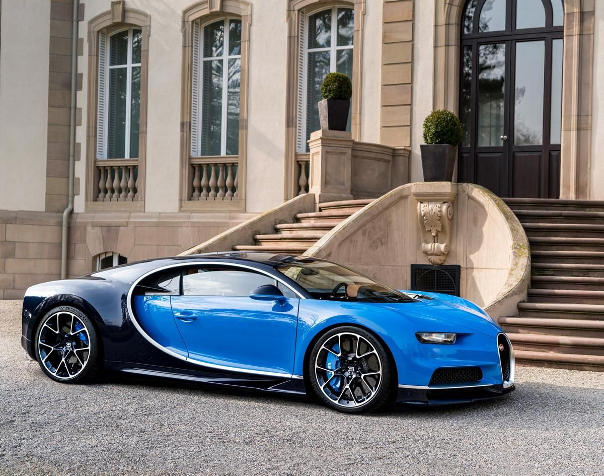 Charmant Side View Chiron (1200×945)