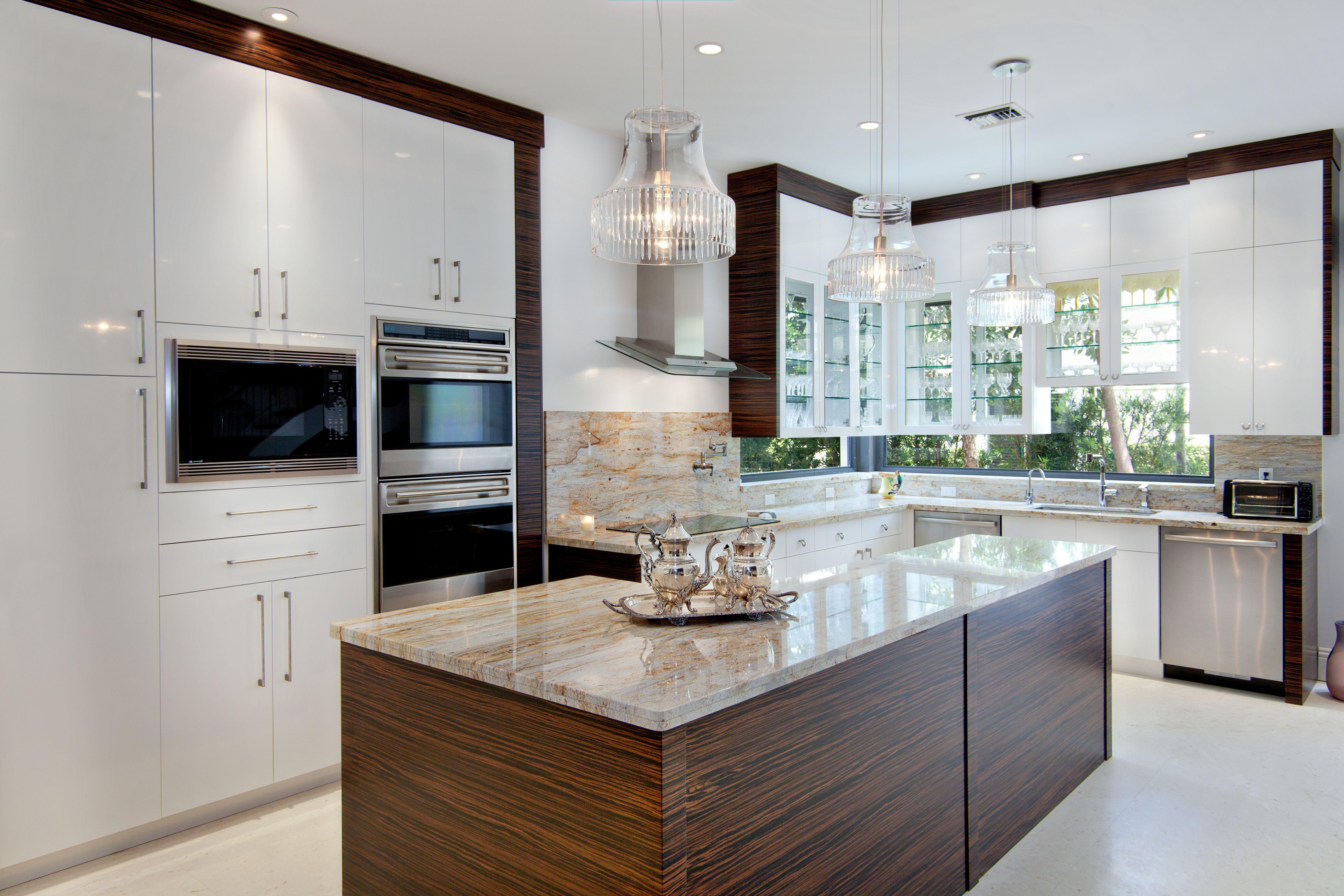 Pin By Grand Cabinet Co On Decor Ideas Kitchen Interior Countertops Contemporary Kitchen