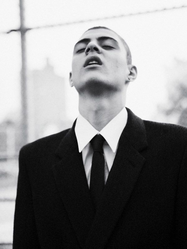 Sharp style shown by Mickey Ayoub in Oyster Magazine. Photo by Jolijn Snijders.