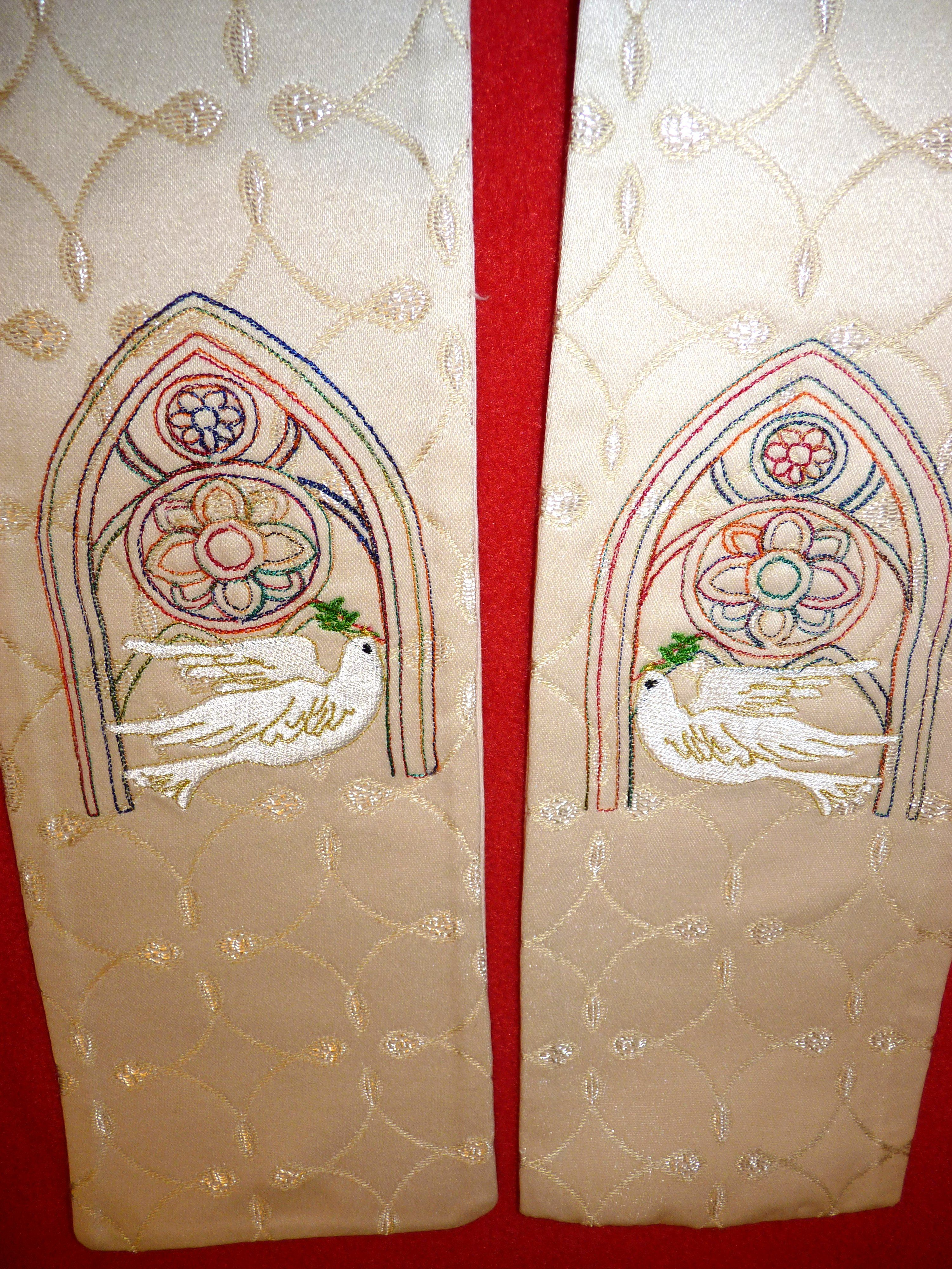 Close Up Of The Bottom Design On The Vicar S Stole Machine Embroidery Church Banners Embroidery