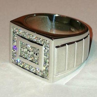 2.00 Karat Diamant Herrenring 585er Weißgold Ein Diamantring