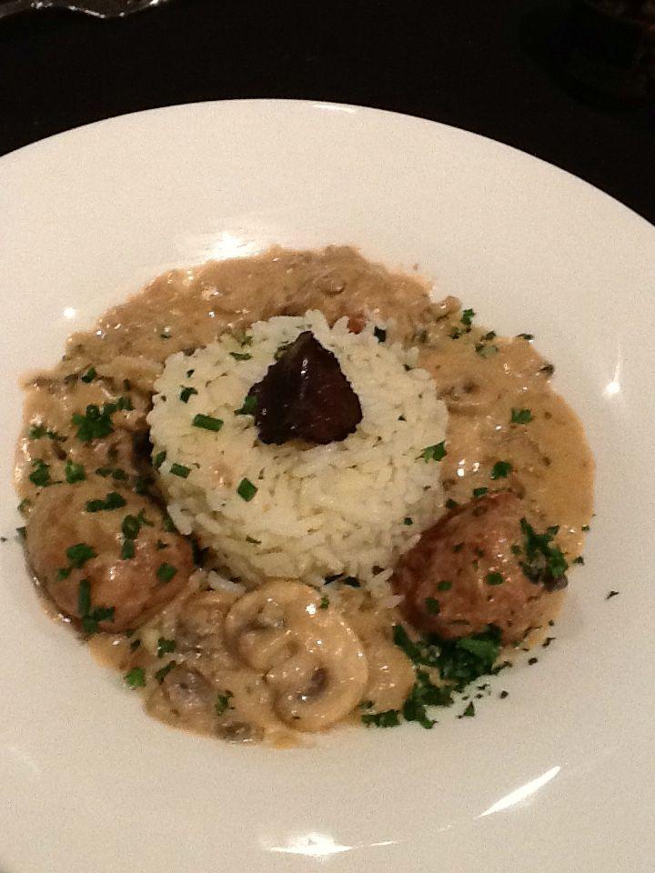 Gehaktballetjes met truffel champignons en rijsttimbaaltje kook je rijst volgens het pakje - Kook idee ...
