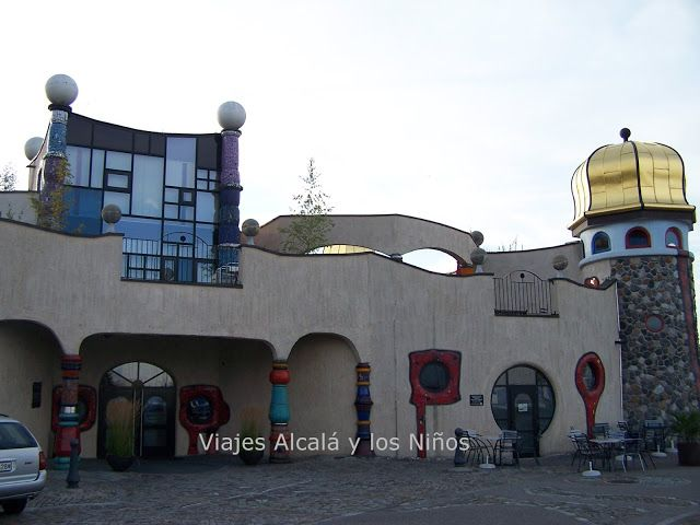 Altenrhein (Suiza) Obra del arquitecto Hundertwasser