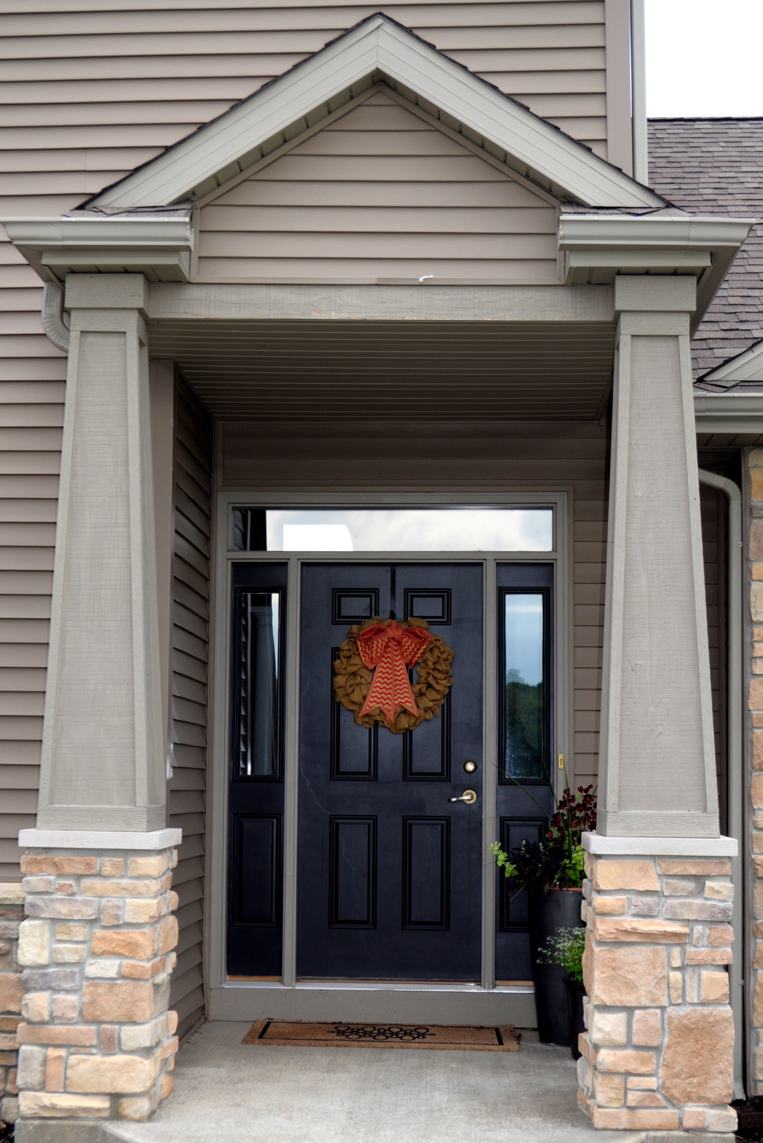 Stoned Front Door Pillars Fawn River Laytite and Cut Cobble Blend JN Stone : anagnos door - Pezcame.Com