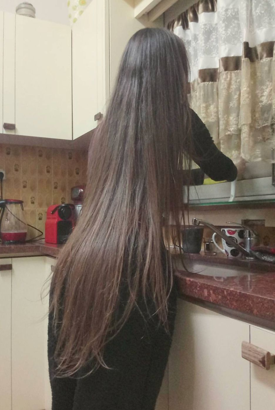 Beautiful Long Hair. Cabello muy largo mujer in 12  Really long