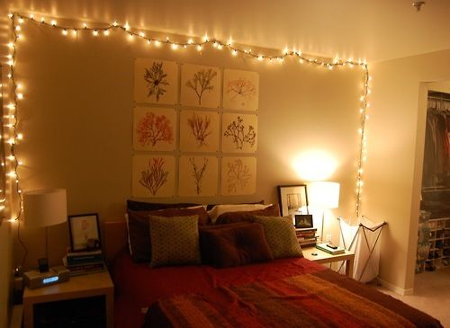 Fairy lights room fairy lights bedroom tumblri need for Room design with light
