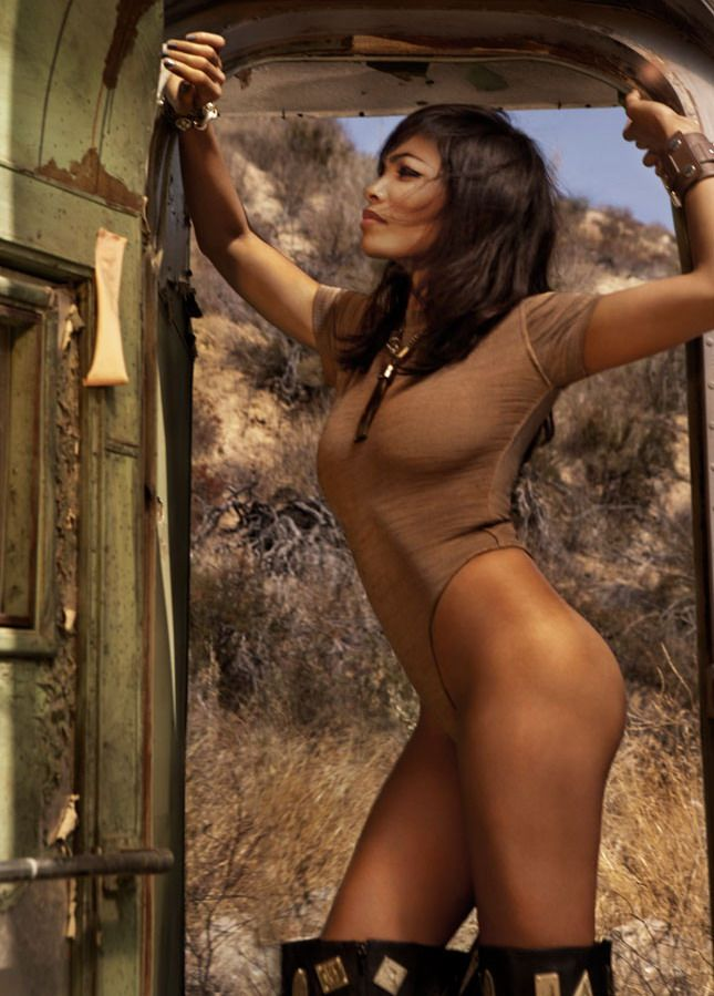 Male Extravaganza: Rosario Dawson GQ 2011