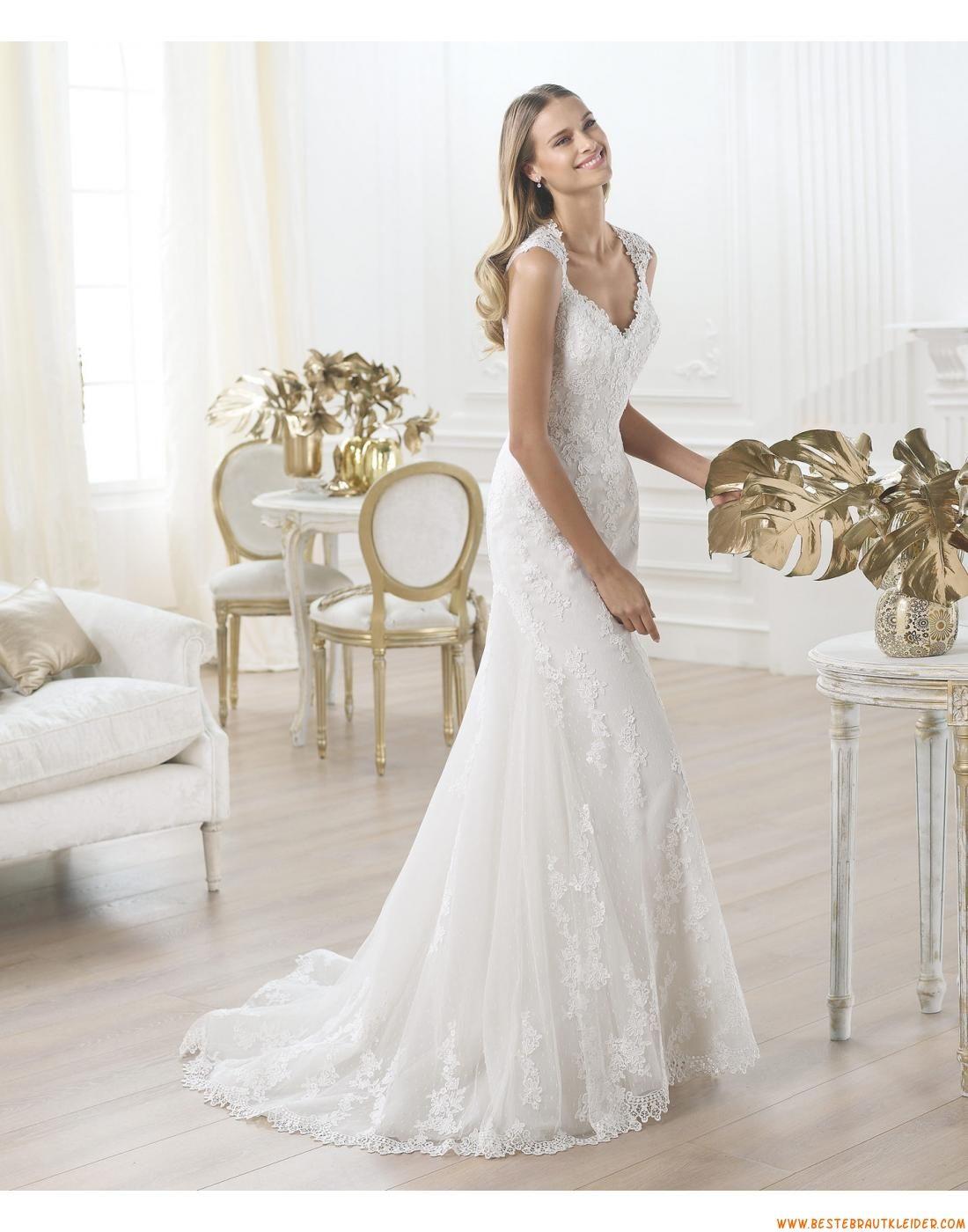 2015 Glamouröse Dramatische Brautkleider aus Softnetz mit Applikation