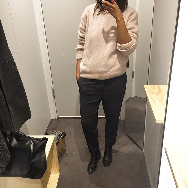 It's cold enough so that I was finally able to wear my pink #hm sweater today. #whatimwearing for work #ootd  Dark grey pinstriped pants #zara  Shoes #fratellirossetti