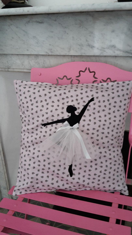 Chambre Danseuse Etoile pour housse de coussin motif danseuse �toile pour chambre d'enfant