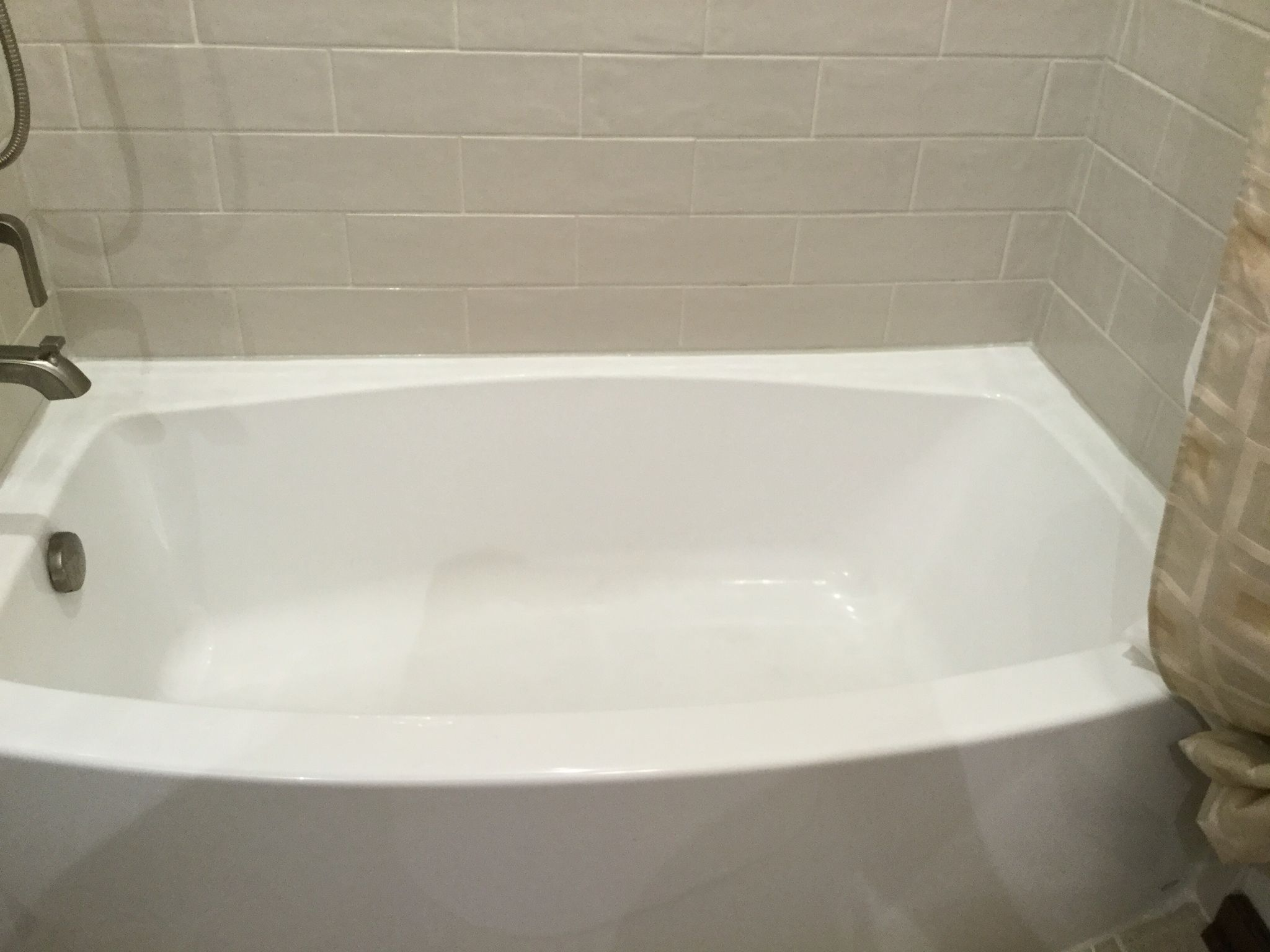 kohler expanse bathtub bathtub surround tile marazzi middleton square latte - Kohler Bathtubs