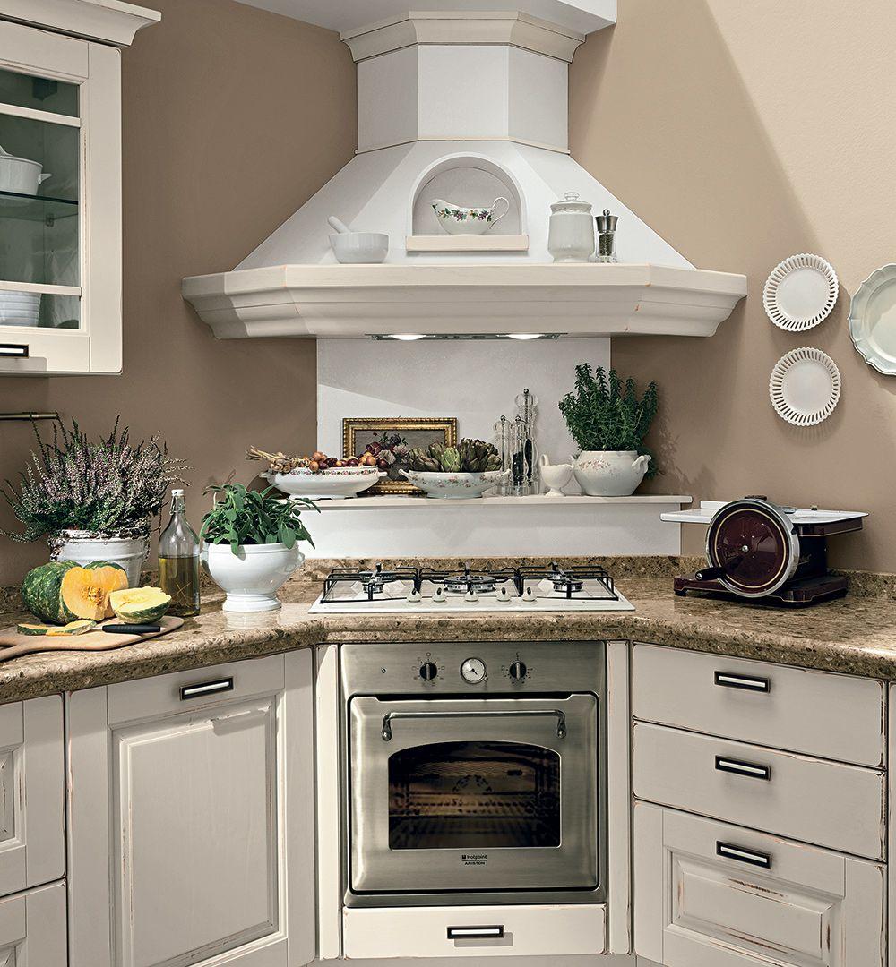 Laura - Cucine Classiche - Cucine Lube | Cucine bellissime ...