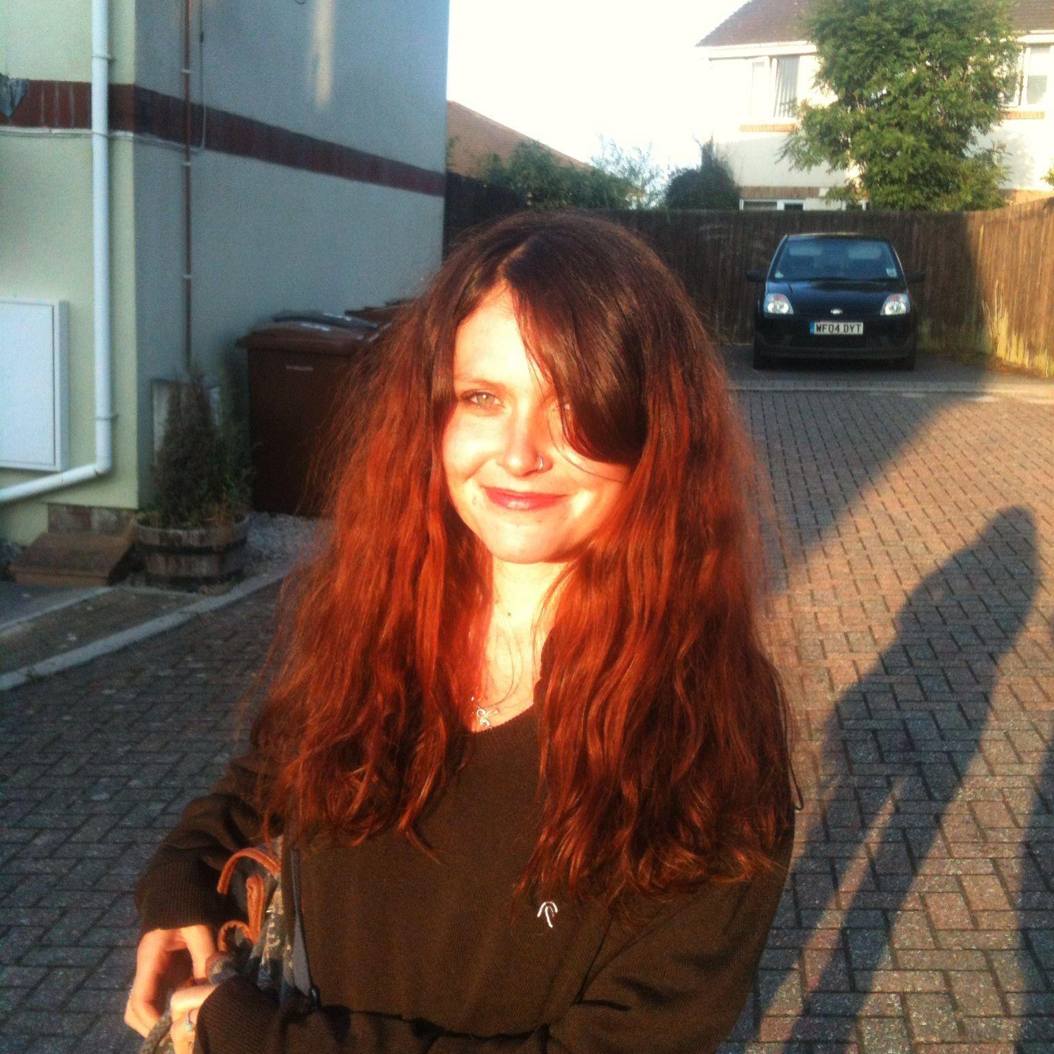 Zoey S Henna Hair Original Root Colour Dark Brown Black Bleached