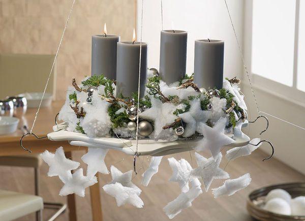 Design ideen f r moderne adventskr nze h ngekranz auf b gelscheibe weihnachten - Moderner adventskranz ...