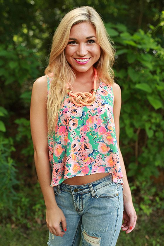 This lovely floral tank is our favorite tank for spring! We love how it can brighten up any outfit!
