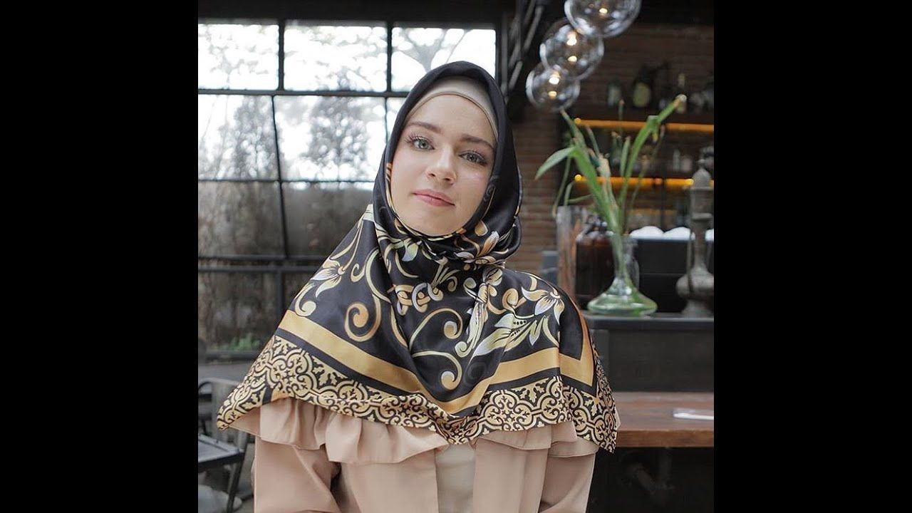 Jual Hijab Mandjha Ivan Gunawan Hijab Fashion People