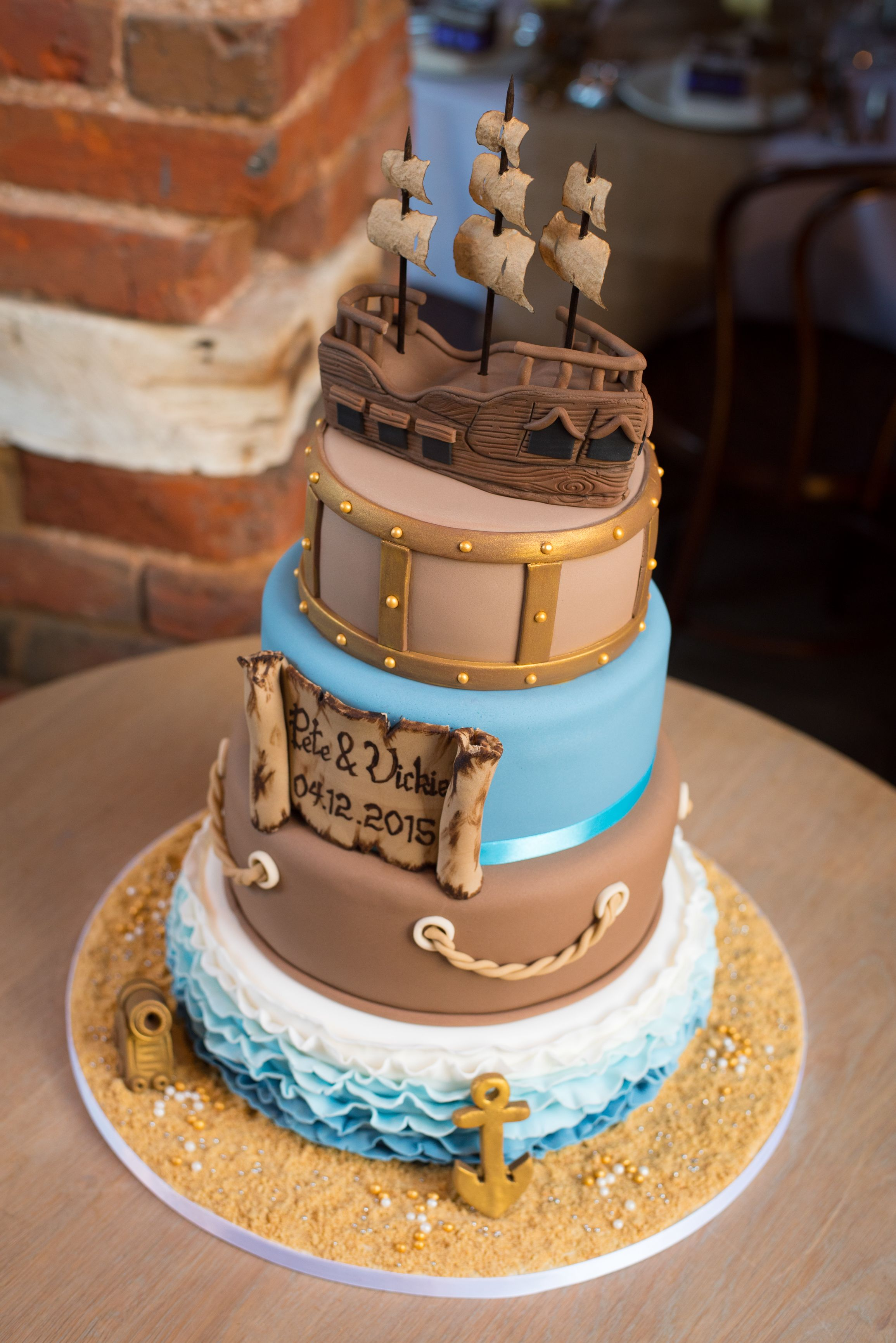 Pirate Theme Wedding Cake Piratewedding Inviteinabottle