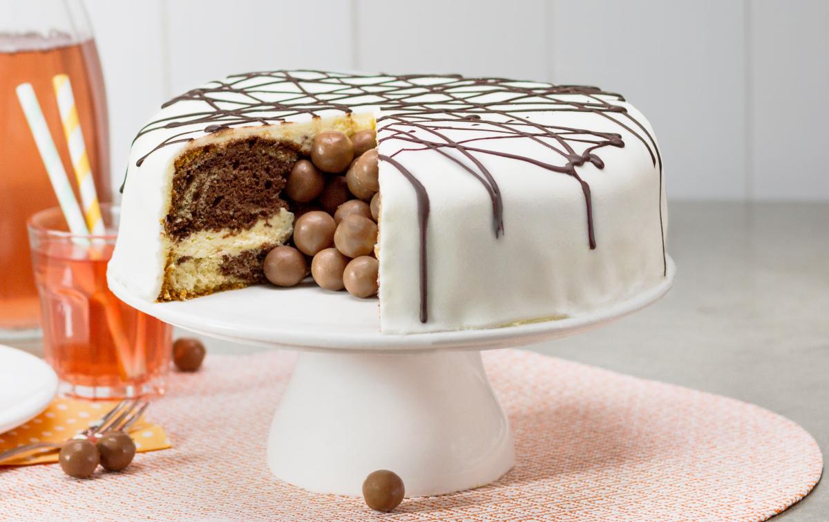 Verrassings-Chocoladetaart recept | Dr. Oetker