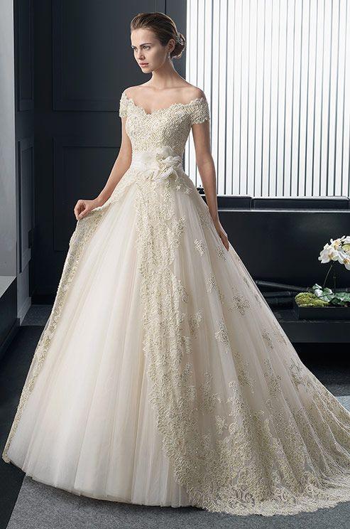 607ee91216 La colección Two guarda una línea sofisticada y femenina con toques urbanos  que se adapta a todo tipo de estilos de novia. ¡No te pierdas las propu