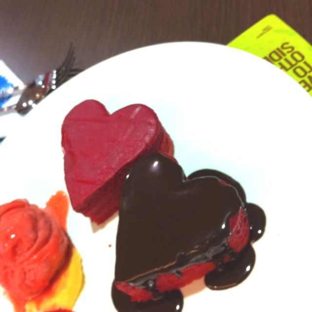 Crepaway S Restaurant Special Dessert On Valentine S Day Food I D