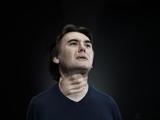 domestic violence against man photography by konrad sieroń