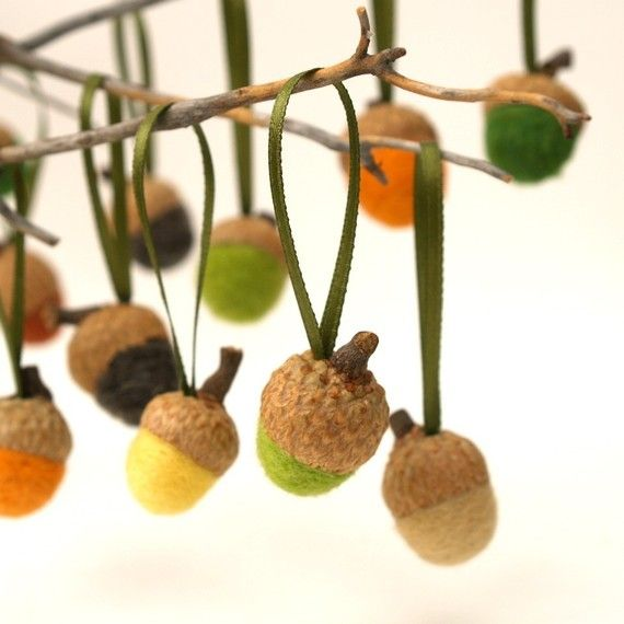 Acorn christmas ornaments handmade wool felt needle felt for Acorn decoration