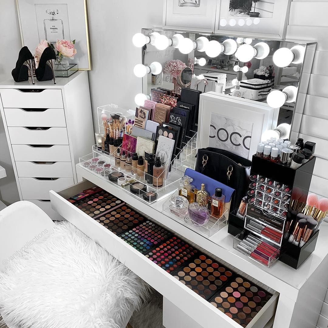Pin By Aizaz Shaikh On Fashion Blogger Influencer Art Board Makeup Room Decor Vanity Makeup Rooms Beauty Room