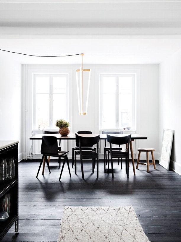 ATELIER RUE VERTE , le blog: Copenhague / Un parquet teinté en noir /