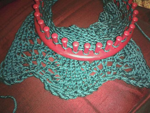 Ravelry Wavy Feather Lace Stole Loom Knit Pattern By Helen Jacobs