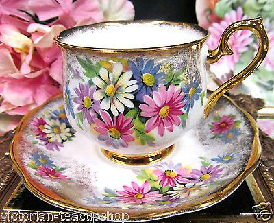 ROYAL ALBERT TEA CUP AND SAUCER POT BELLY PAINTED DAISY TEACUP THICK Stunning Decorative Cups And Saucers