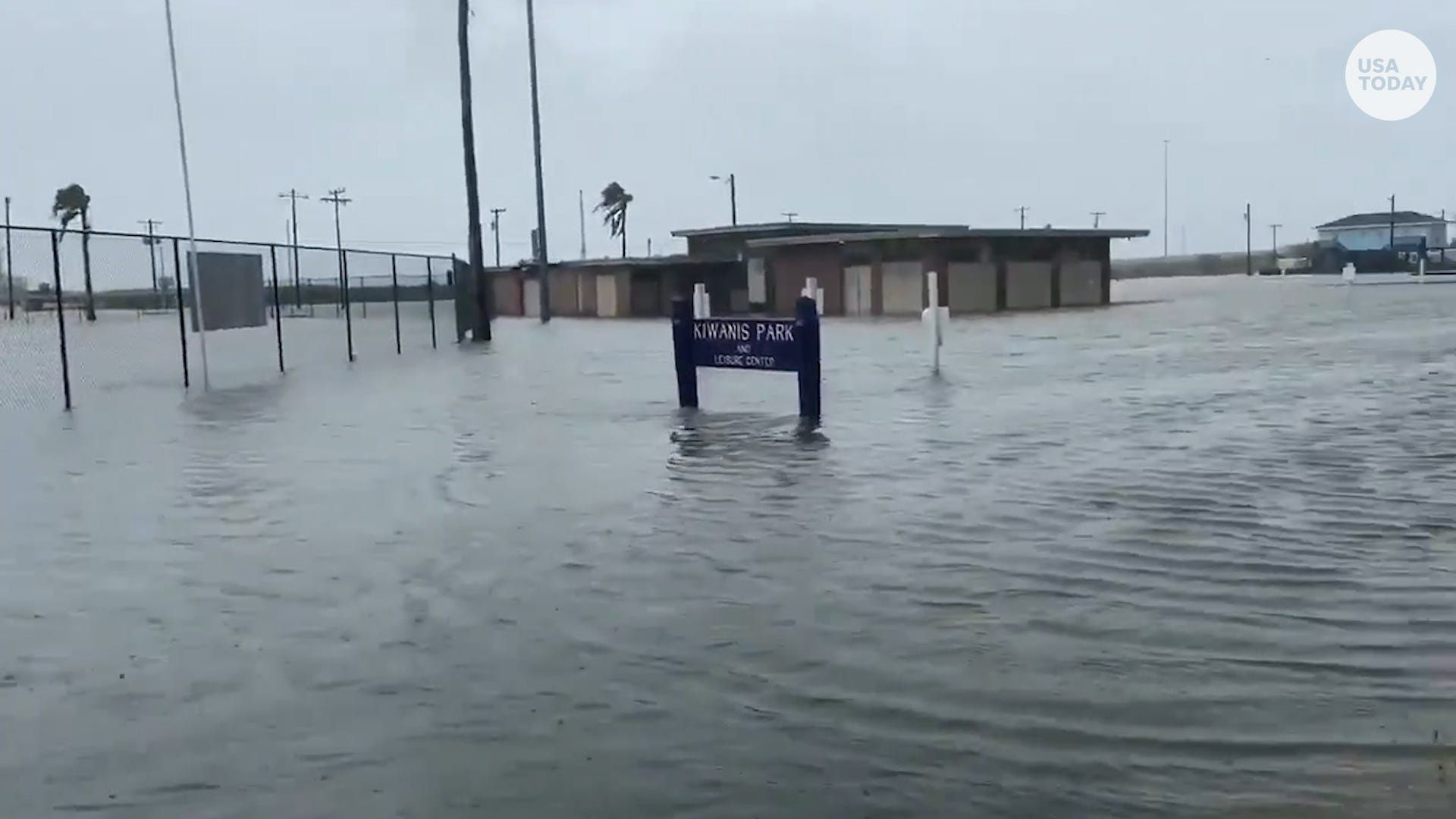 Hurricane Update Hanna Floods Parts Of South Texas Https Ift Tt 2d8jrfi Storyful Usa Today Wochit In 2020 Atlantic Hurricane World Water Day Flood
