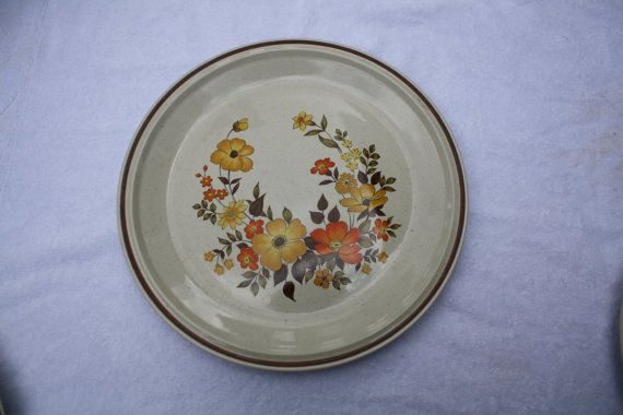 Vintage Orange Yellow Flower Dinner PLATE by NikkisFunFinds, $5.00