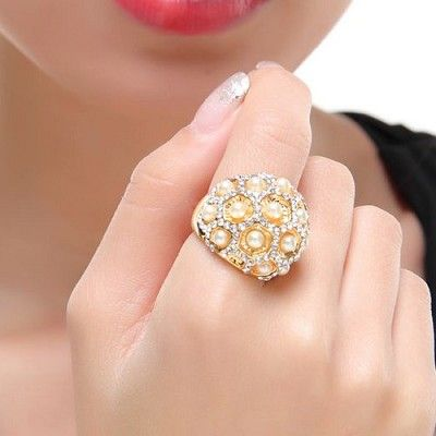 Vintage Luxurious Fashion Pearl Ring