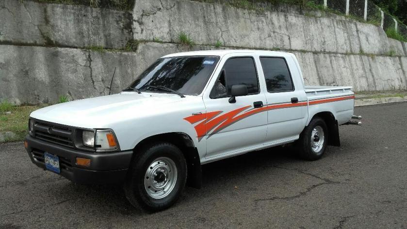 Venta De Carros En El Salvador >> Toyota Hilux Ano 89 Estandar Gasolina 2y Carros En Venta San