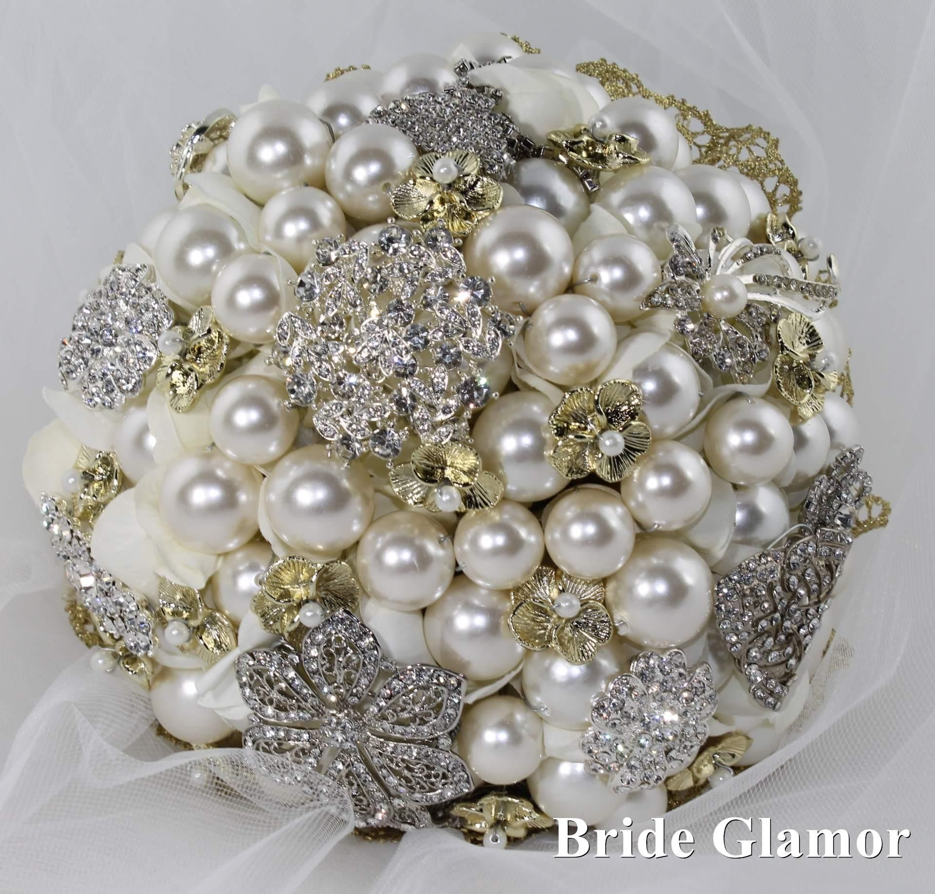 Silver and gold brooch bouquet by Bride Glamor in 2019