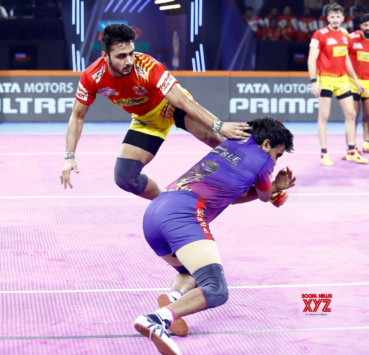 Pune Pro Kabaddi Season 7 Dabang Delhi KC Vs Gujarat