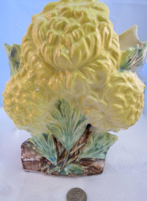 Charming Vintage Mccoy Chrysanthemum Vase C 1950 Mccoy Roseville