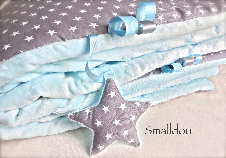 couverture bébé garçon personnalisé Couverture bébé gris étoiles blanches et minkee | Doudou  couverture bébé garçon personnalisé
