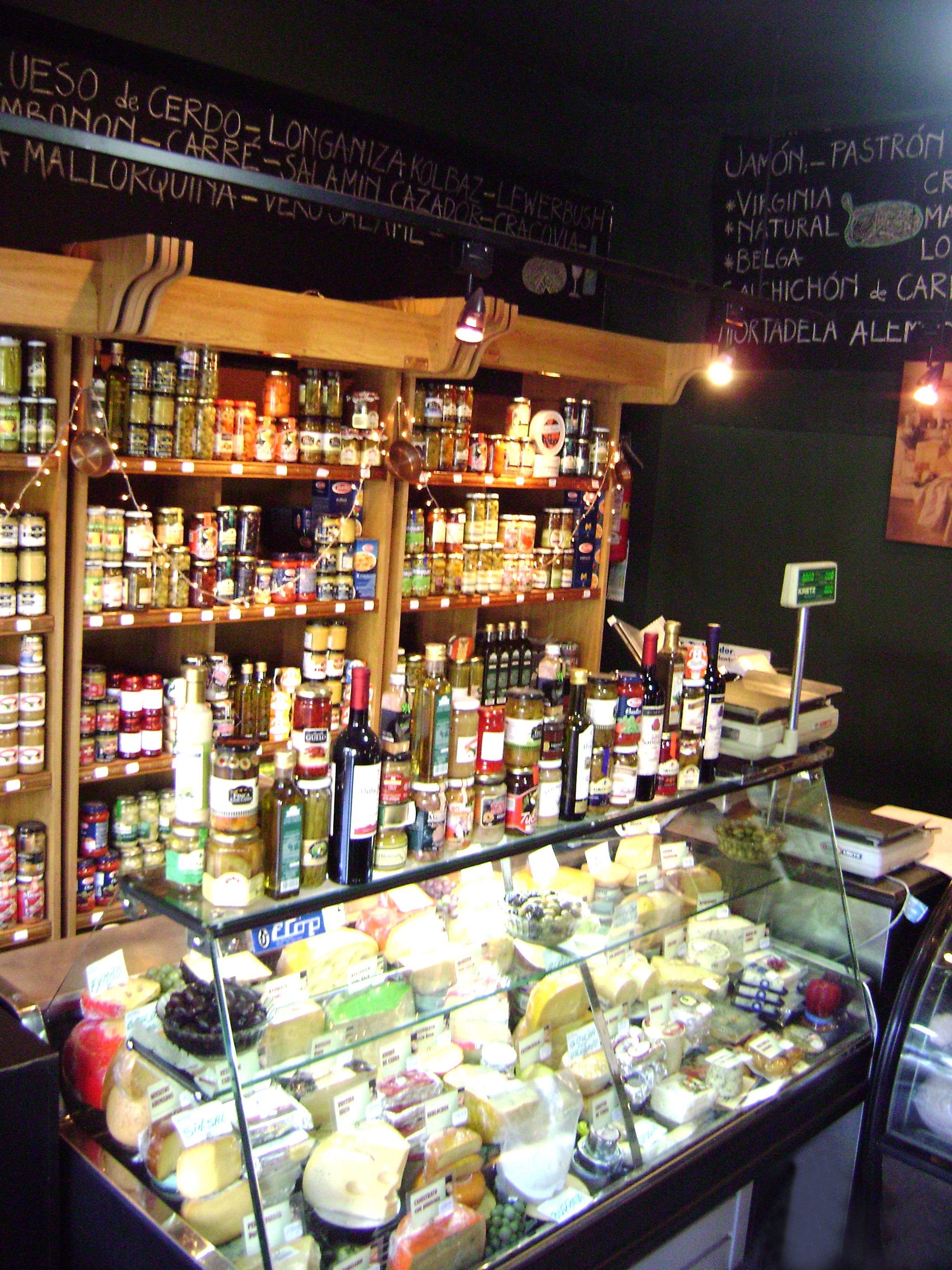 FIAMBRERIA ALEMANA  Gourmet en 2019  Deli shop Cheese shop y Spice shop