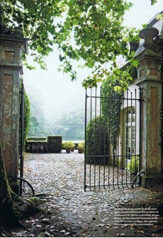 house of  Belgian couturier Edouard Vermeulen.[18[4].jpg]