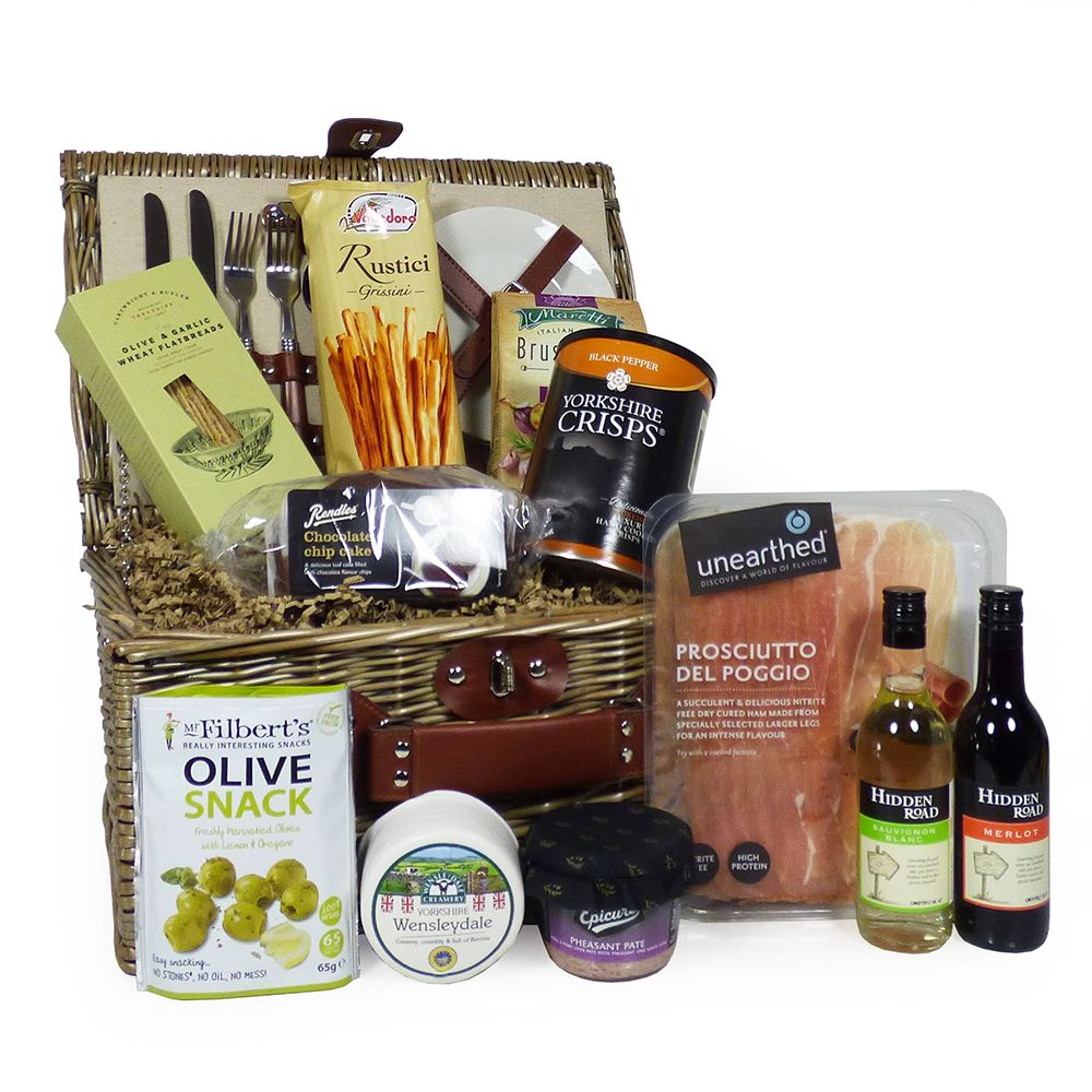 2 Person Cream Chiller Wicker Picnic Basket With Red and White Wine and Gourmet Food Selection #familypicnicfoods