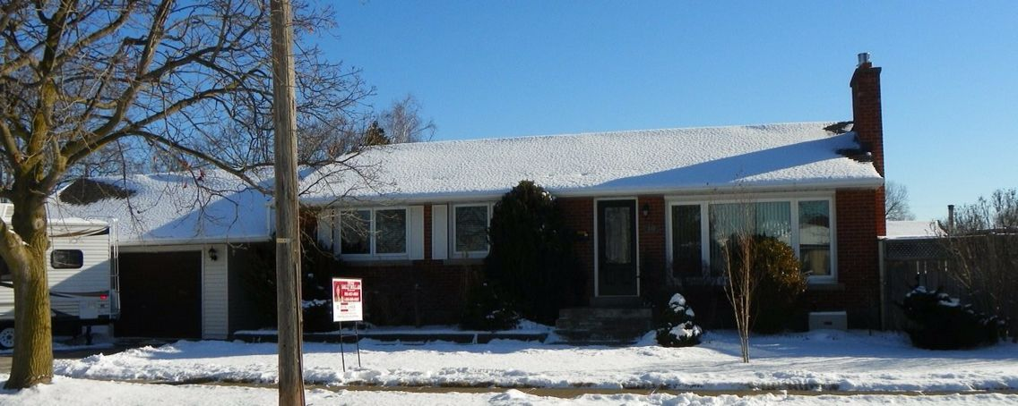 New listing north st catharines 3 bedrooms and 4 baths plus new listing north st catharines 3 bedrooms and 4 baths plus inground salt water pool and garage turned in to home office or inlaw suite totally solutioingenieria Gallery
