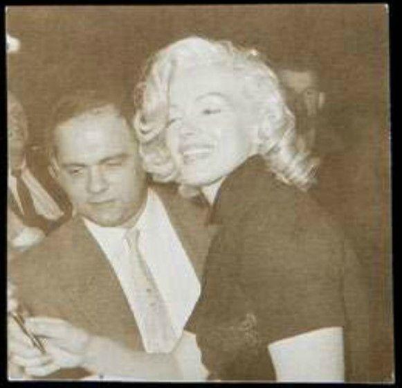 1953-LA-mocambo_club-collection_frieda_hull-1d