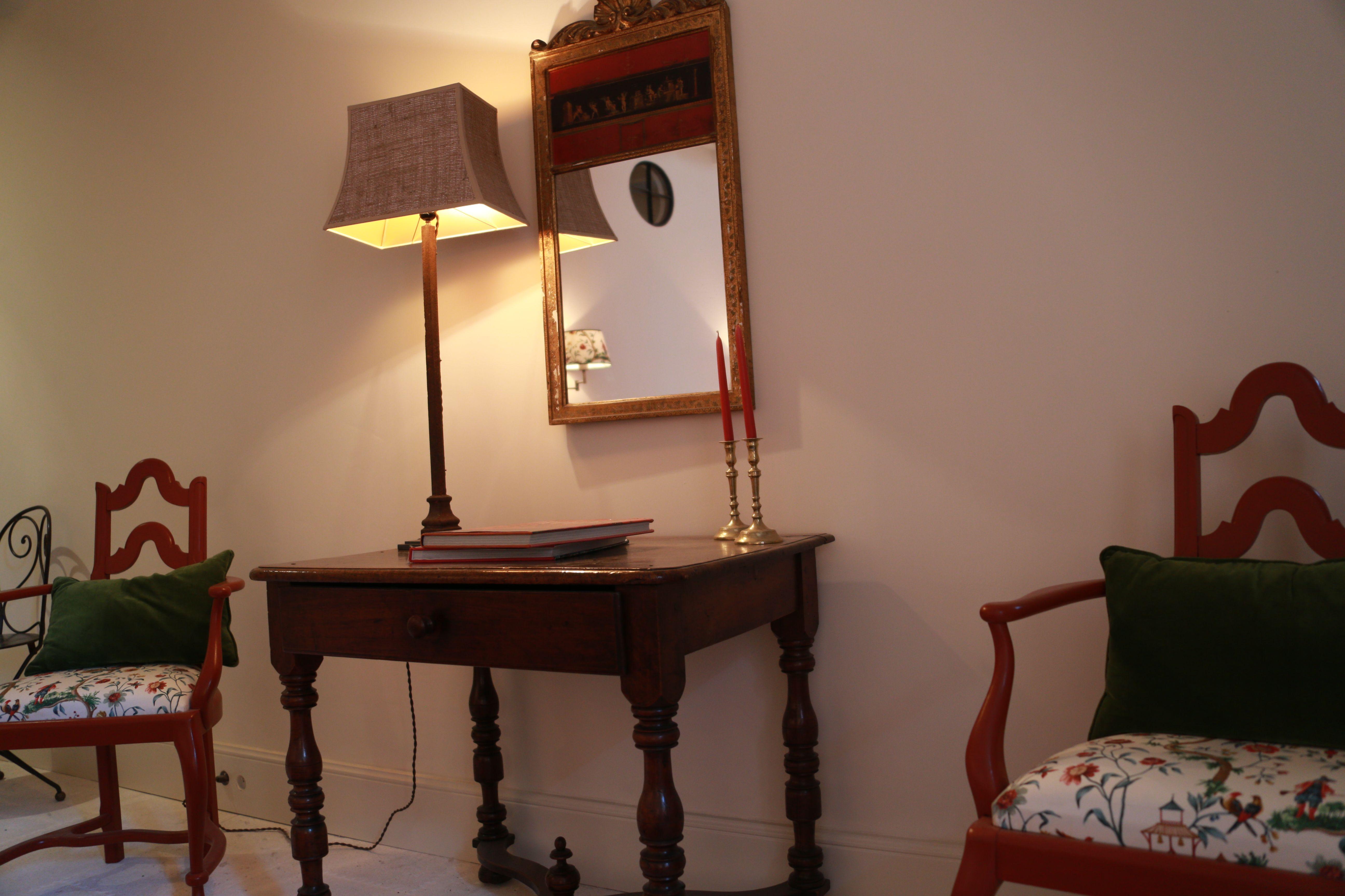 Mas de Bronzet Beaucaire Chambre Chinoise intérieur provençal ...