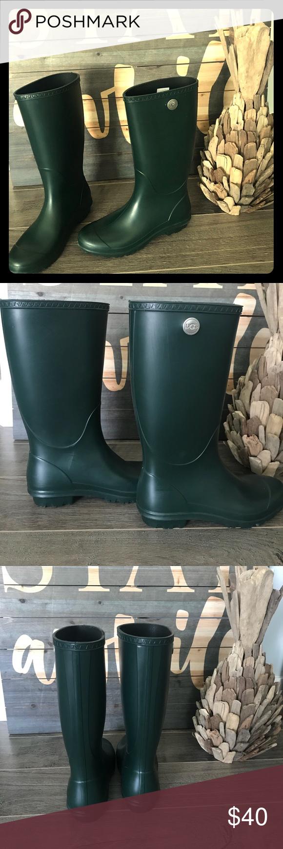 c3f82ad12b9b UGG OLIVE SHELBY MATTE RAIN BOOTS + FreeGift🤩EUC A classic with matte  finish