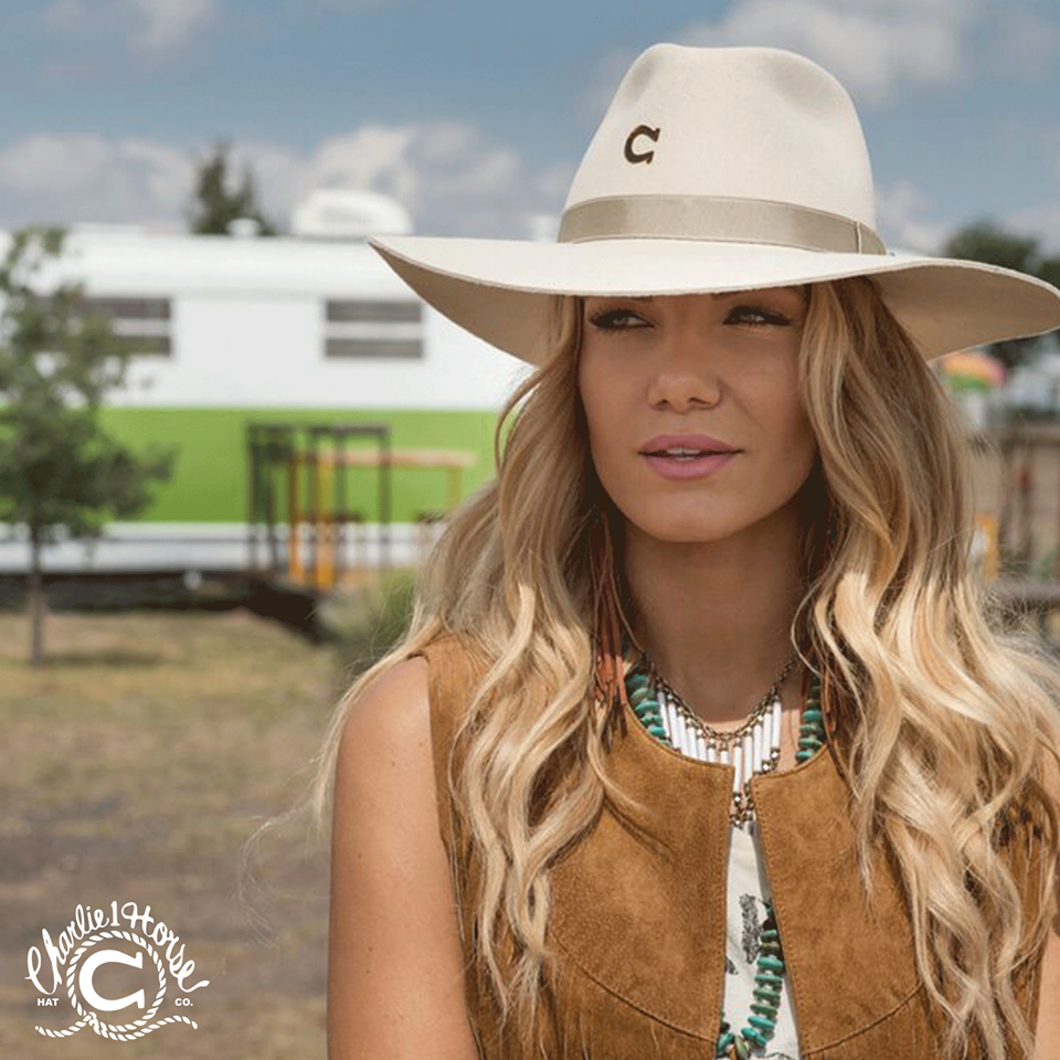 42aef24ed Pin by Kaci Riggs on Charlie 1 Horse Style in 2019 | Cowgirl hats ...