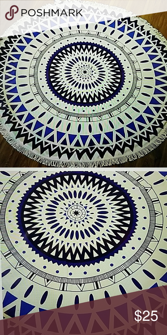 """ROUND BEACH TOWEL. TERRY CLOTH Printed round beach towel with tassel. Approx. 59"""" diameter.  Great for beach, picnic, wall hanging, table cover, bed accent.  So many great uses. NWOT. Never Used. Accessories"""