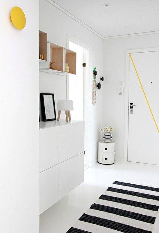 5 astuces pour aménager son entrée Vestibule, Entry hall and Interiors - amenager une entree de maison